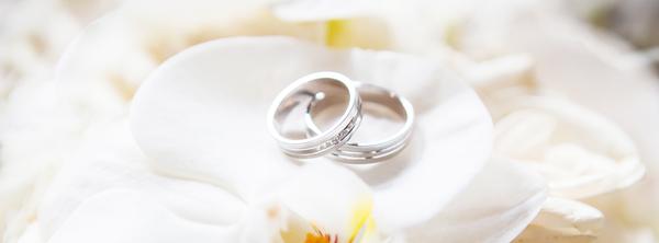 結婚指輪と婚約指輪の違いとは?サムネイル
