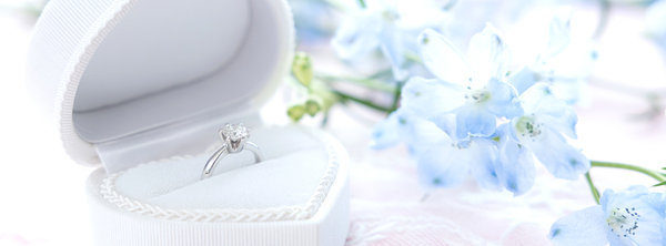 結婚指輪の選び方のポイントや注意点について詳しくご紹介サムネイル